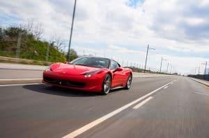 Kør Ferrari gavekort