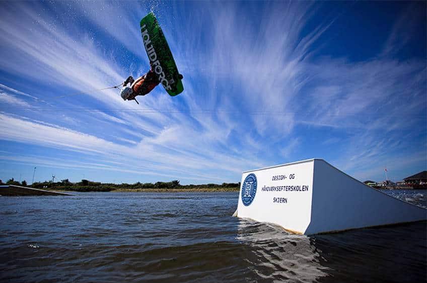 Prøv en vild wakeboard oplevelse