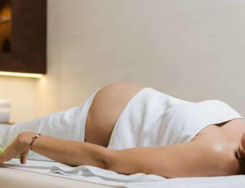 Glæd en gravid med graviditetsmassage